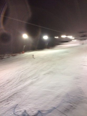 Flotte forhold i Tryvann; våt snø og nesten ingen folk.