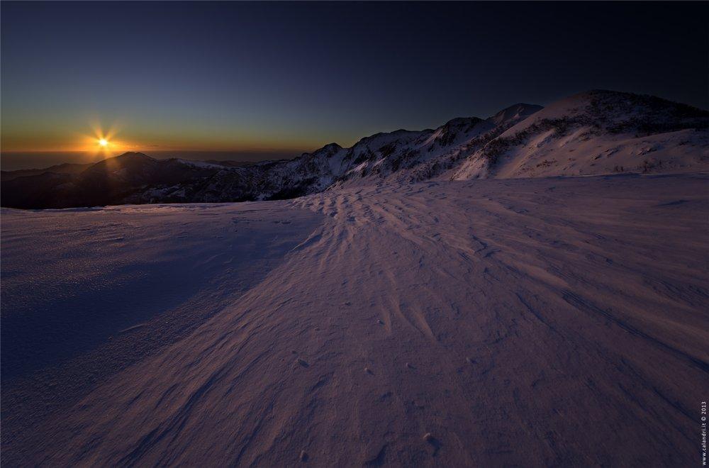 Garessio 2000 - Alba sulla neve vista mare - © Garessio 2000