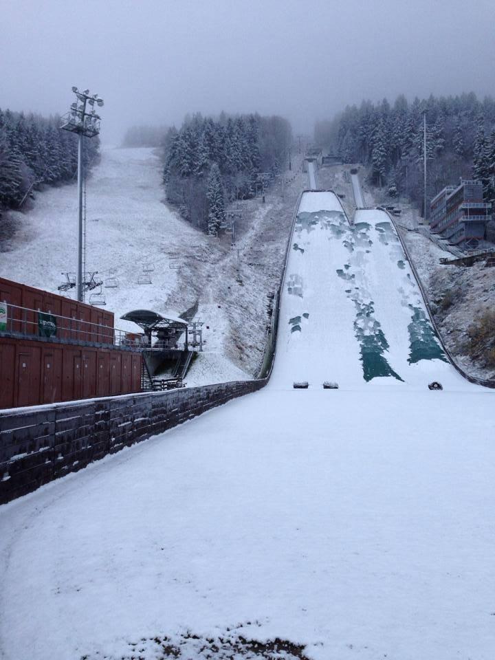 Skiareál Ještěd 6.11.2013 - © Ještěd Facebook