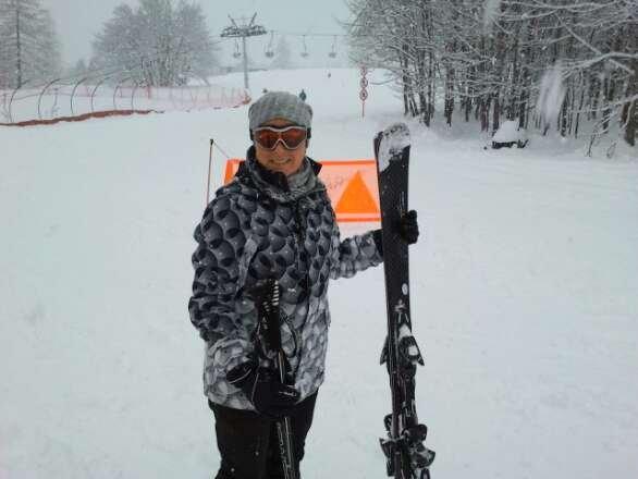 bella neve ...oggi fresca...uno spettacolo!!! bellissimo,persone del posto simpatiche e gentili!!