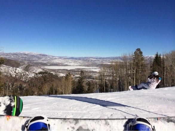 No new snow but sun is up and great weather.