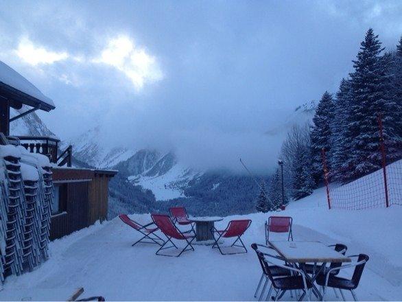 Il est tombé de la bonne neige, les pistes noires sont ouvertes, c'est le pied...
