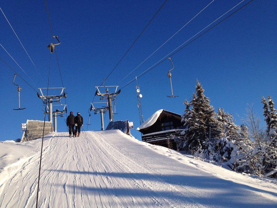 På toppen av Valdres Alpinsenter - © Olav André Melan