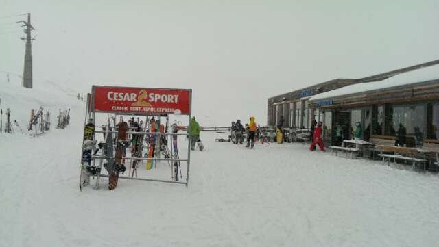 It's been snowing all day so limited visibility but the slopes were quiet.