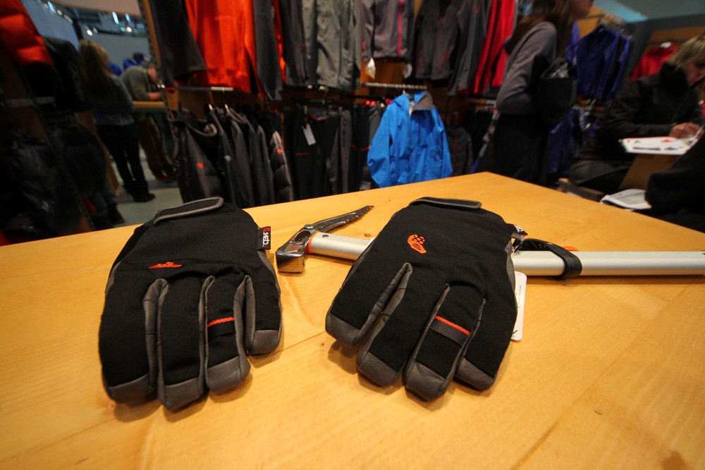 Mountain Hardwear Hydra Lite Gloves - © Skiinfo