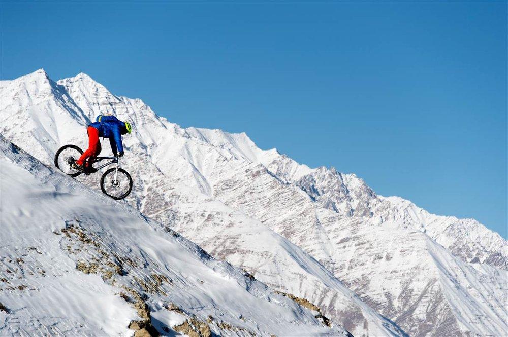 Claude Balsiger nahm den Himalaya unter seine Stollen - © Martin Bissig