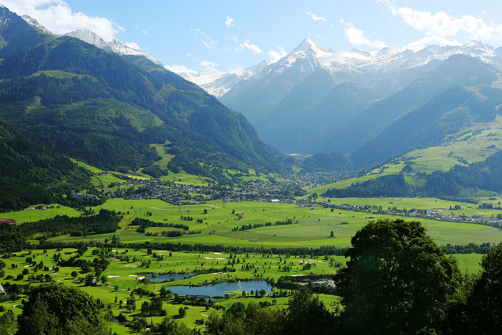 The stunning mountain panorama of Kaprun in summer - © Zell am See-Kaprun Tourismus