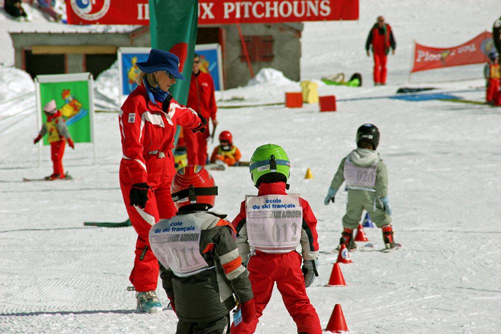 Apprentissage du ski à Luz Ardiden - © NPY Luz-Ardiden