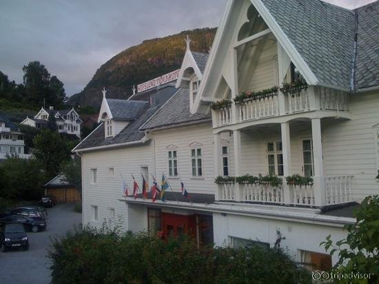 Hofslund Fjord Hotel