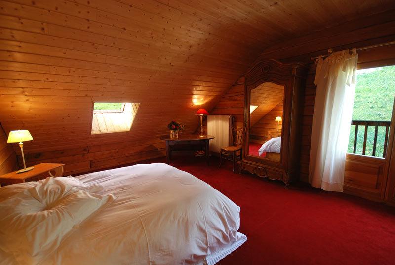le pimai h tel de charme serre chevalier. Black Bedroom Furniture Sets. Home Design Ideas