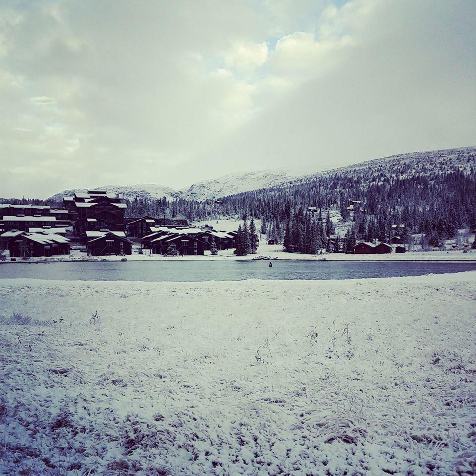 Slik så det ut på Norefjell i går. - © Henning Herding
