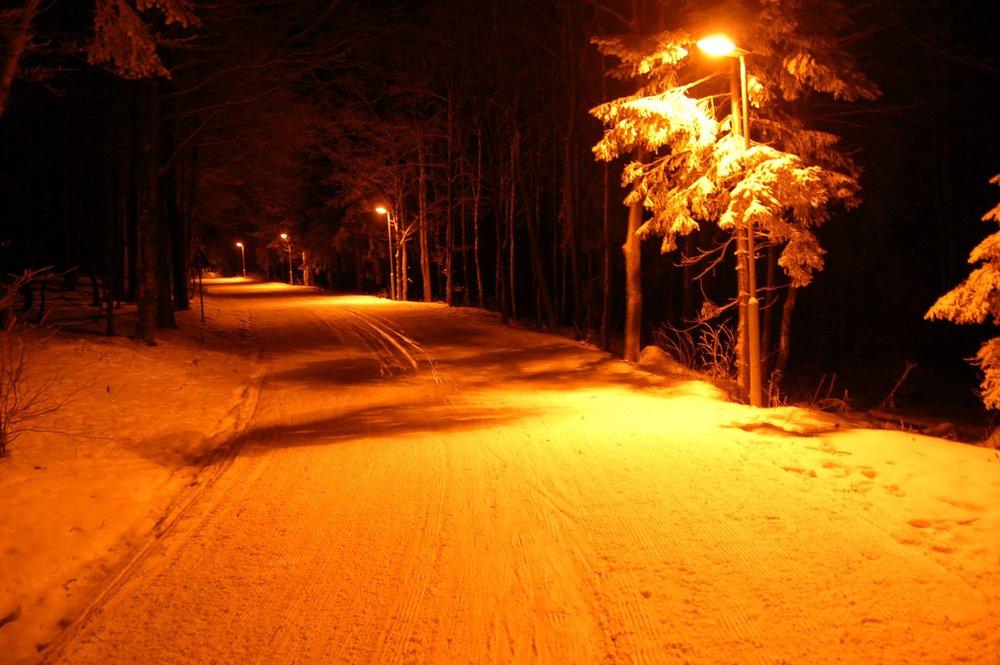 Inline dráha na Skalke - večerná úprava (8.12.2014) - © facebook.com/pages/Biela-stopa/