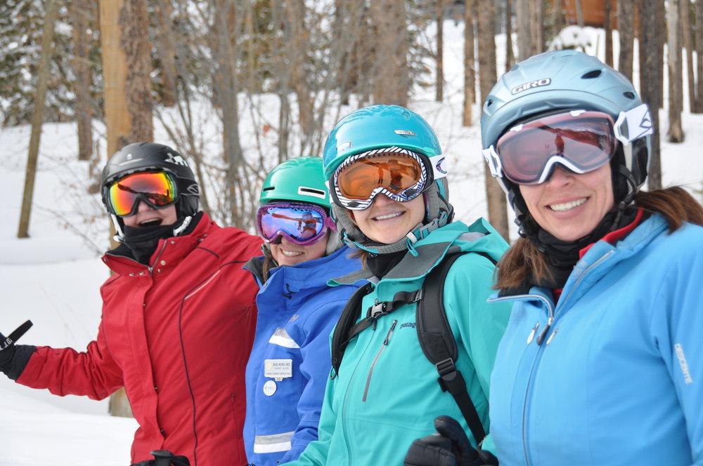 null - © Ski with Kim
