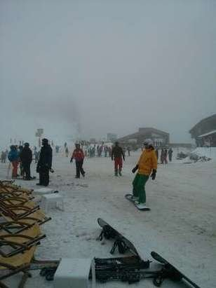 It's been snowing all day in Avoriaz. This is the top of Prodains at lunchtime.