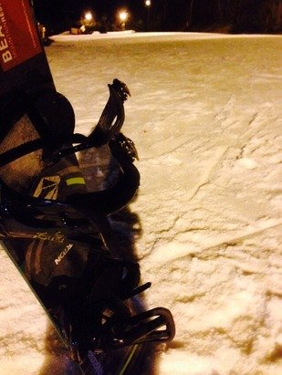 First time out this season tonight. Conditions were ok. Snow was really wet but as it got later in the night it was choppy and icy. Overall it was worth it for a first night out for the season just getting back into the swing of things.