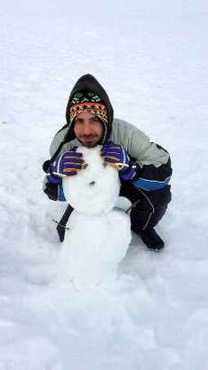 Anche se nn e ancora periodo di freddo  gelido, comunque  campitello  mantiene  bene le sue  condizioni  di neve ;)