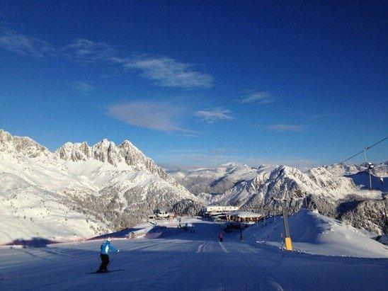 Veramente belle le piste, neve fresca e ben battuta, uno spettacolo sciare