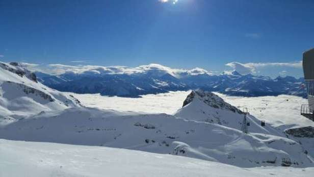 Lousy visibility through the mid-stations down to Crans and Montana but above the clouds at the Glacier it was epic and deserted