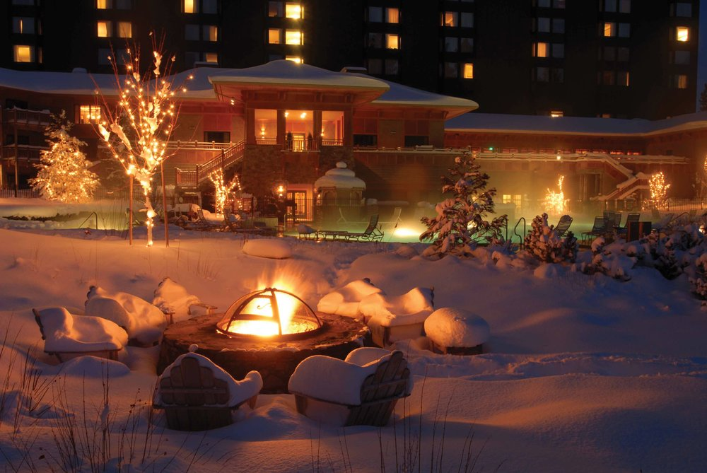 The fire pit in the Hyatt Regency backyard.  - © Hyatt Regency Lake Tahoe