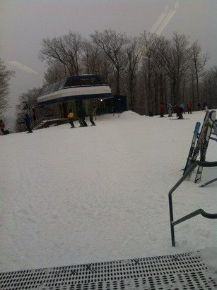 Really nice out. Get out here! Trees covered in snow, no snowmaking, and a few flurries here and there. Super Cold out!!