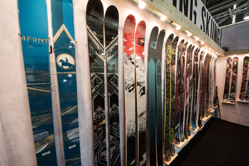 4FRNT Ski 2015/2016 - © Skiinfo