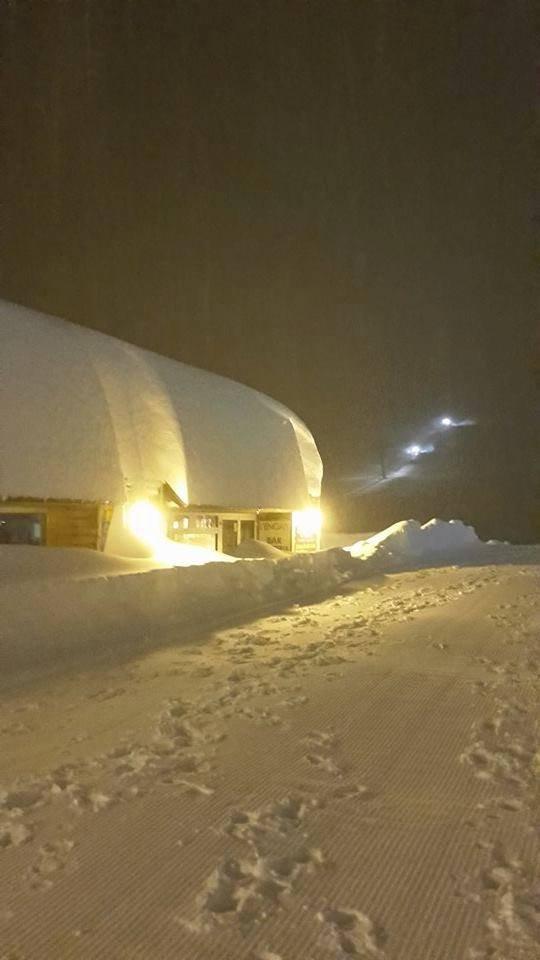 Piau Engaly (FRA) versinkt im Schnee - © Facebook Piau-Engaly