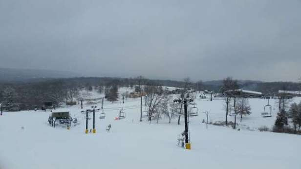 Though, we received nearly 7 inches of snow, HV had so-so powder.  Terrible grooming even with the natural snow.  HV staff did not clear the chairs so, enjoy a cold ride up.  Keeping that is just St Louis, MO in mind, these are some of the best conditions we've had in awhile.