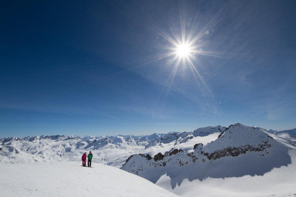 Skiarena Andermatt-Sedrun - © Skiinfo