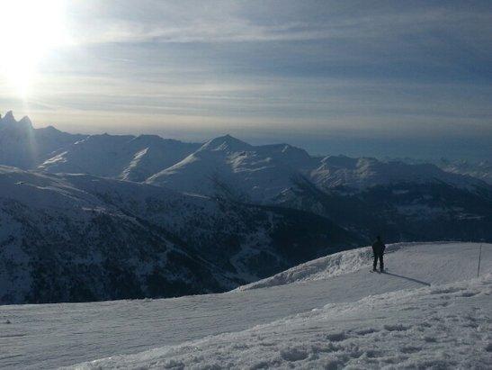 Valmeinier - Neige un peu glacé - © berangerechaume