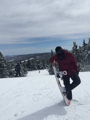 Gunstock - Was a great day at Gunstock. Lots of powder from the night before. Main lifts were open all afternoon and there wasn't a wait. The sun was shining and the temp sat around 35. I will be back. - ©Nick