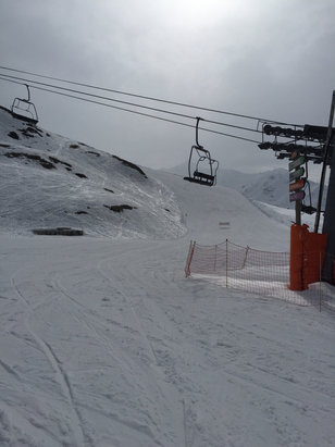 Valmeinier - La montagne est dans les nuages neigeux - © iPhone de Fabien