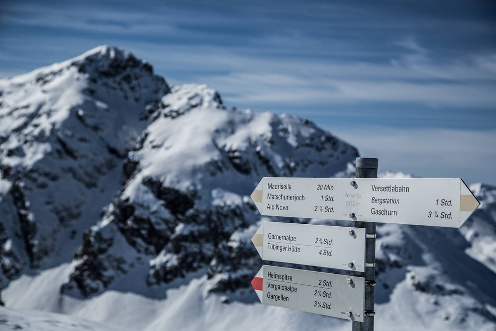 Wegweiser in Silvretta Montafon
