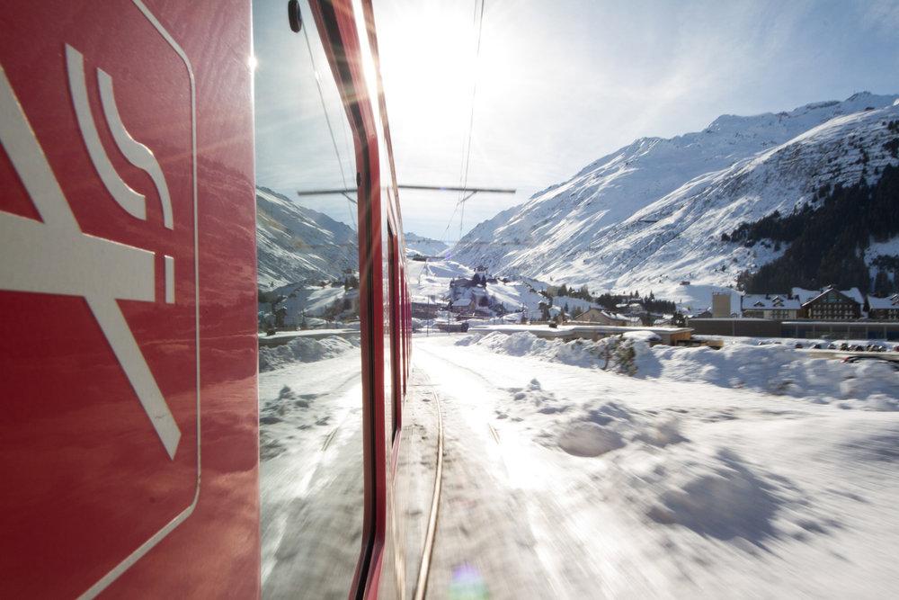 Zugfahrt von Göschenen nach Andermatt - © Skiinfo