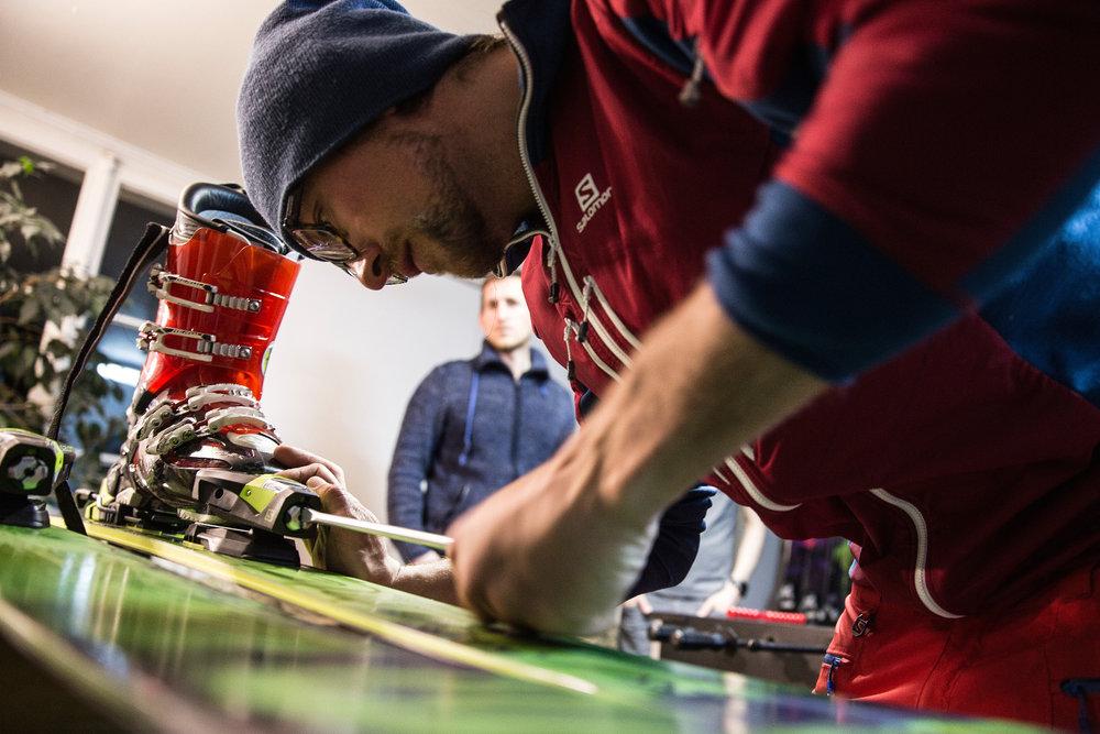Die richtige Einstellung der Bindung ist beim Skifahren sehr wichtig - © Christoph Jorda | www.christophjorda.com