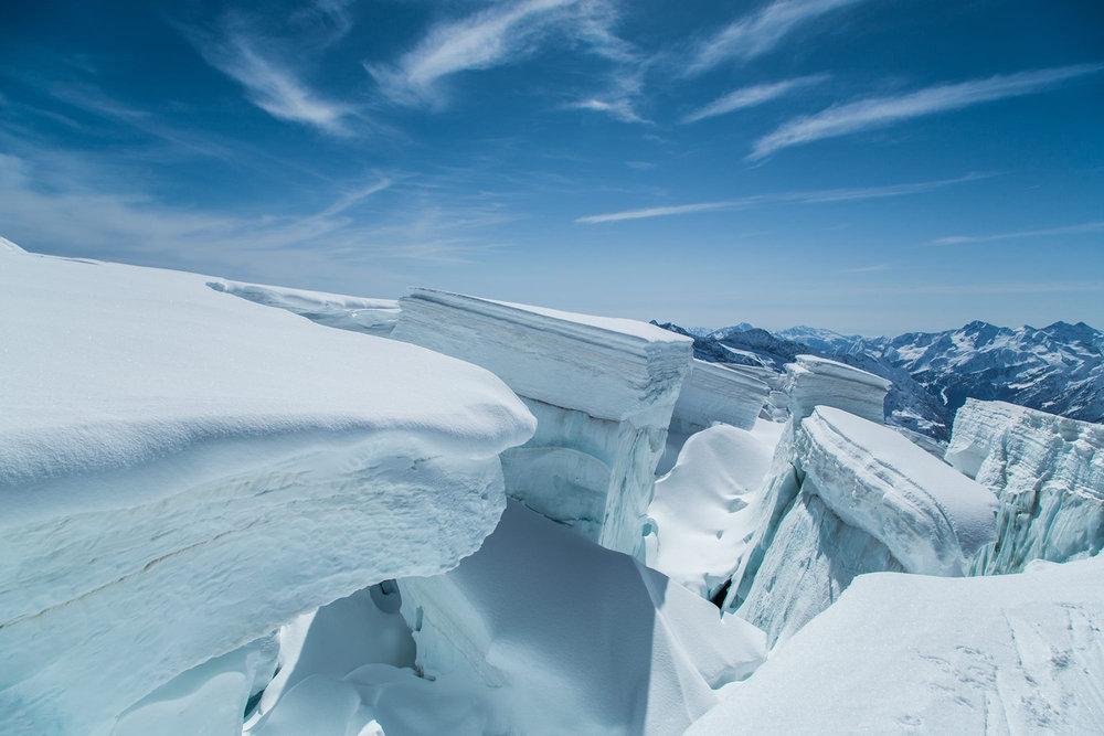Gletscherbrüche am Monta Rosa Massiv