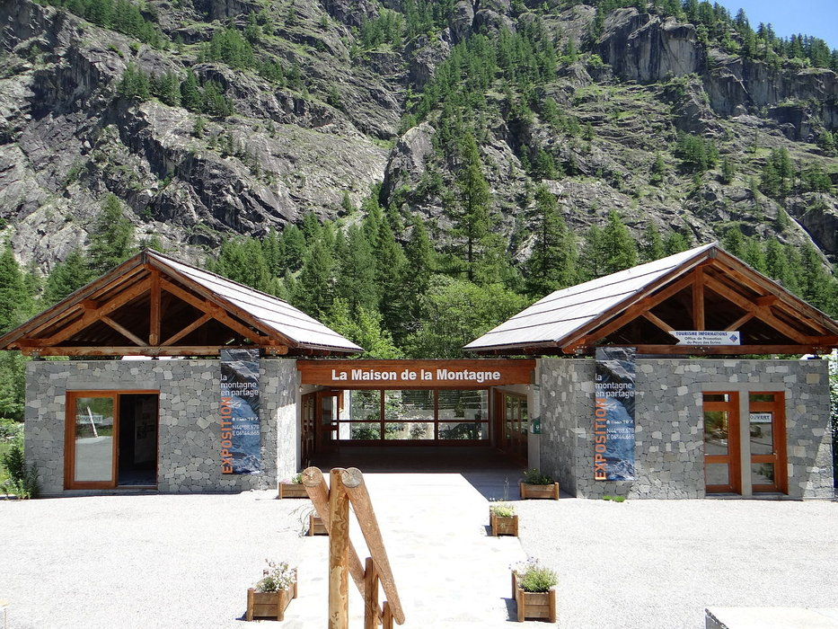 La Maison de la Montagne à Ailefroide - ©MOSSOT - Wikipedia Commons