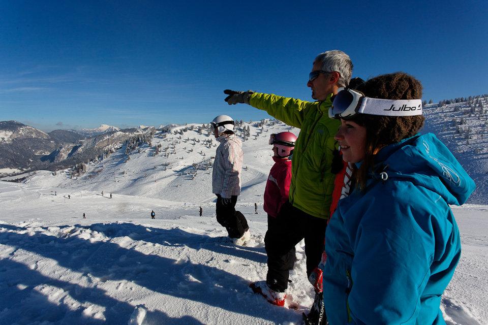 Au sommet des pistes de ski de Bellevaux-Hirmentaz - © Office de Tourisme des Alpes du Leman