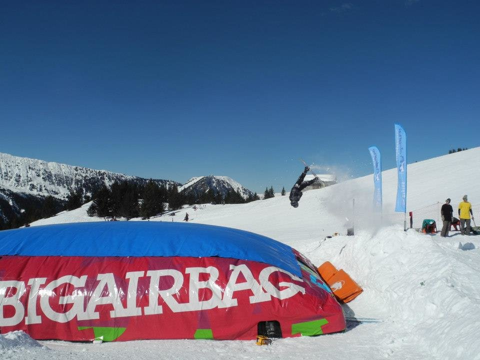 Session Big Air Bag à Pralognan la Vanoise - © Office de Tourisme de Pralognan la Vanoise