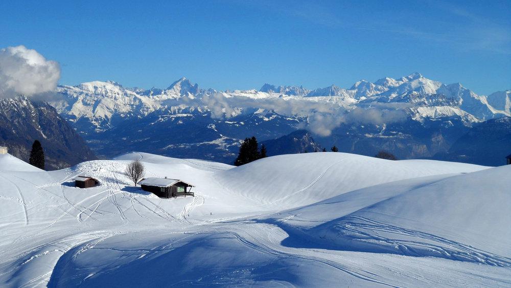 Panorama grandiose depuis le domaine de ski alpin du massif des Brasses - © Station du Massif des Brasses