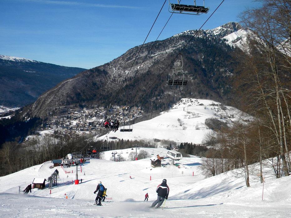 En route pour les pistes de ski des Aillons - © OT des Aillons-Margériaz