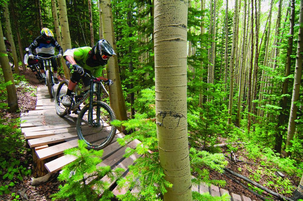 Downhill - © Trent Bona/Crested Butte Mountain Resort