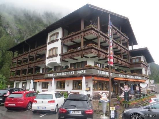 Hotel Restaurant Alpina Regina