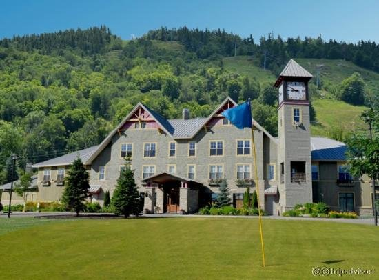 Dickson Manor at Calabogie Peaks Resort