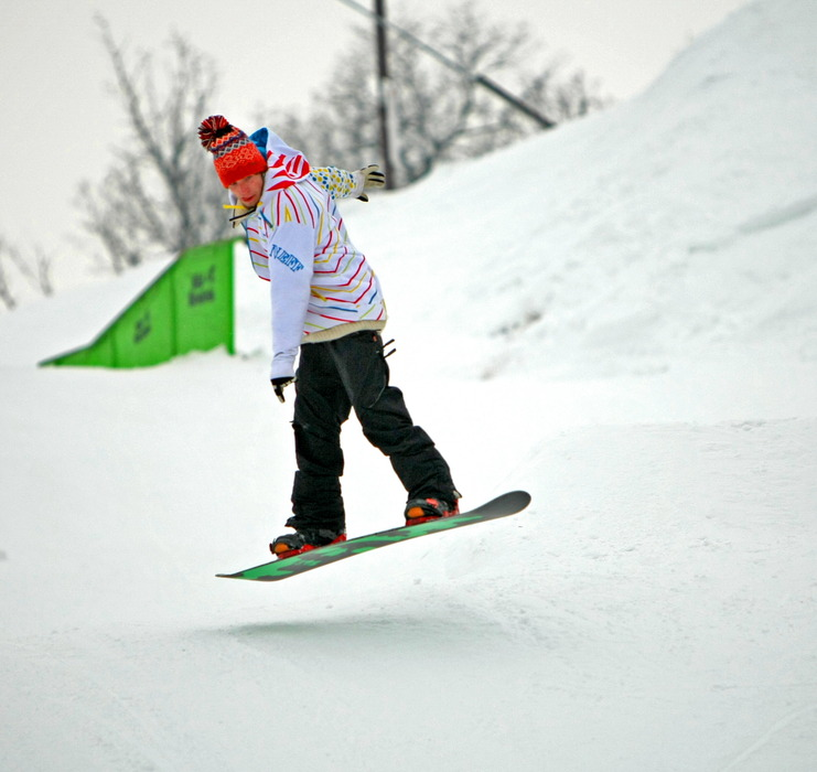 Snowboarder at Wild Mountain terrain park