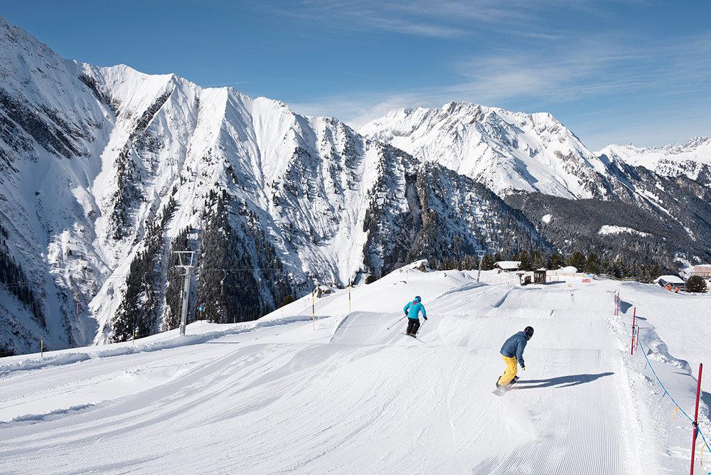 Skifahren in herrlichem Bergpanorama - © Mayrhofner Bergbahnen AG