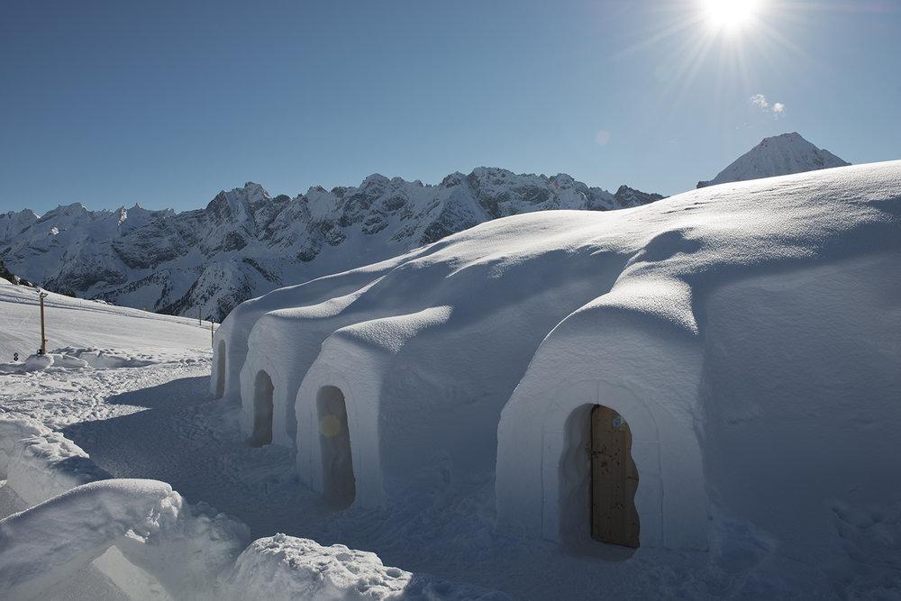 Strahlender Schnee und strahlende Sonne - © Mayrhofner Bergbahnen AG