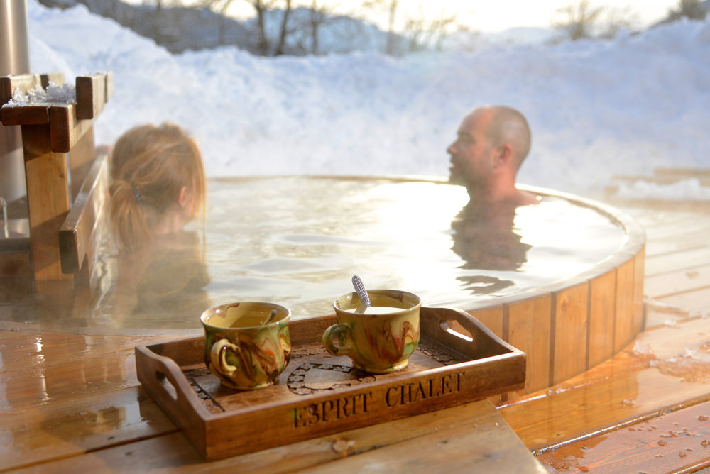 Wellness-Outdoorpool - © David Machet / Les Aravis