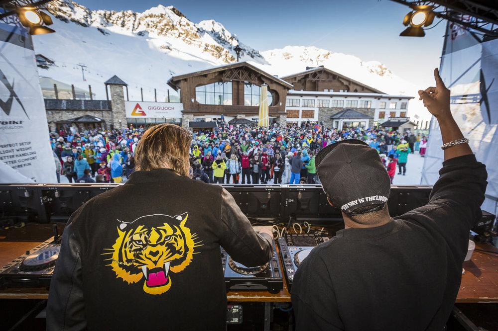 Fette Beats auf dem Electronic Music Festival - © Ötztal Tourismus