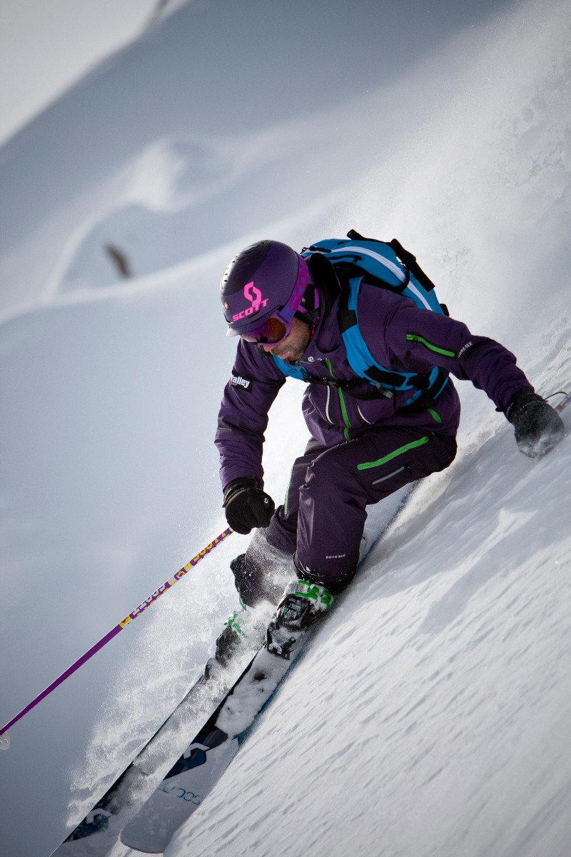 Per la sua tenuta da sci Seb Michaud ha scelto GORE-TEX® e la tecnologia GORE® C-KNIT™ - © GORE-TEX®