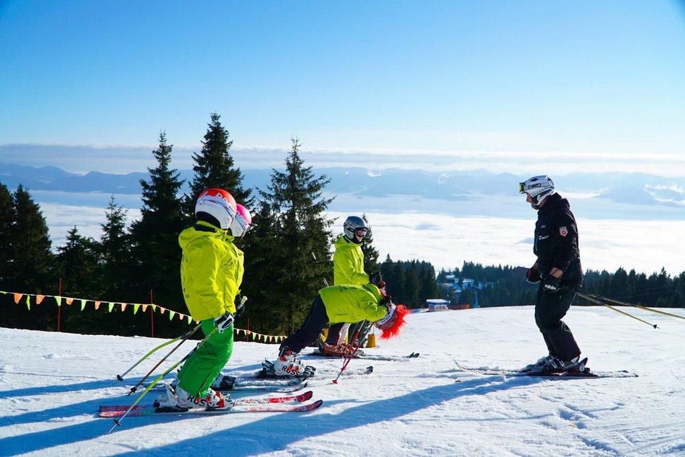 Winter Park Martinky je naozaj pre rodinky, o výučbu najmenších drobcov sa starajú skúsení lyžiarski inštruktori - © facebook Winterpark Martinky